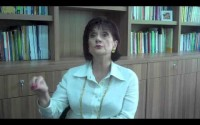 Para educar, é preciso impor limites e regras à criança, diz a psicopedagoga Irena Maluf